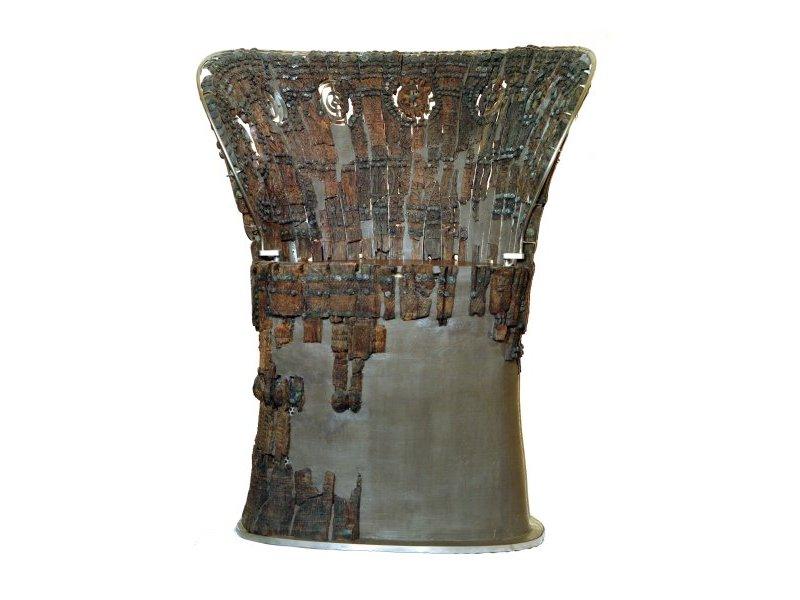 Trono in legno dalla tomba del principe della Sala del Trono
